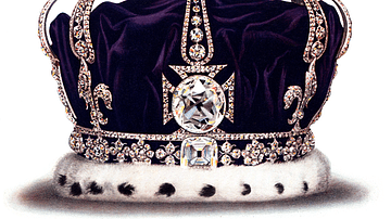Queen Mary's Crown with Koh-i-Noor Diamond
