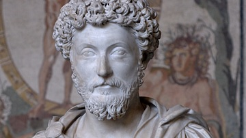 Marcus Aurelius: Philosopher Emperor or Philosopher-King?