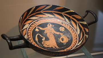 Maenad, Red-Figure Cup