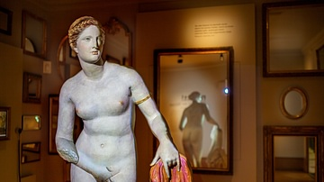 Interview: Nudity in the Ancient World
