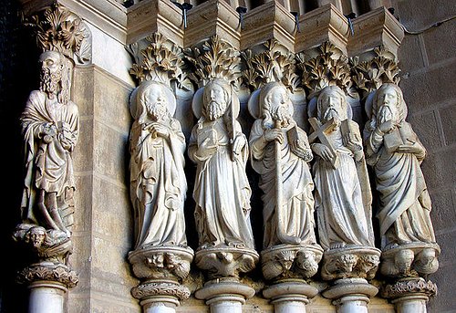 Statues of the Apostles