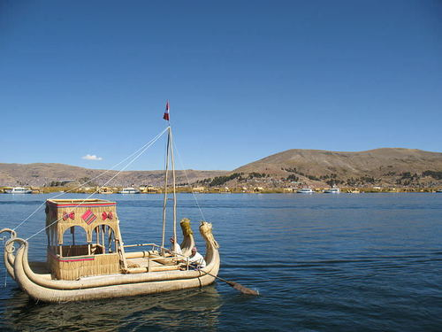 Traditional Reed Raft, Lake Titicaca (by ProjectManhattan)