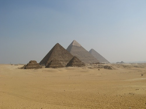 The Pyramids of Giza Panorama (by dungodung)