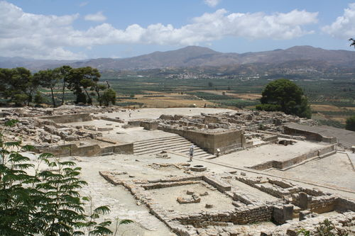 Phaistos Panorama, Crete (by Mark Cartwright, CC BY-NC-SA)