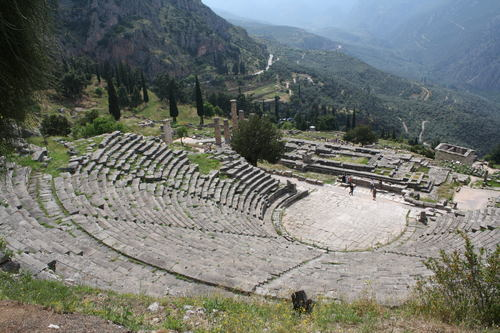 Theatre of Delphi (by Mark Cartwright, CC BY-NC-SA)