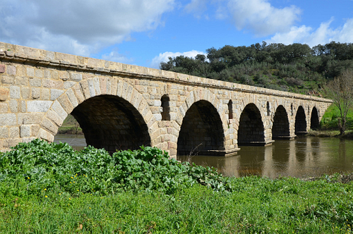 Roman Bridge, Ponte da Vila Formosa, Portugal (by Carole Raddato)
