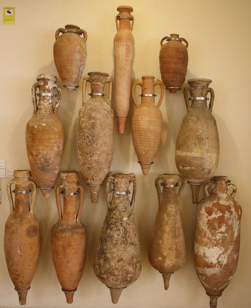 Amphorae (by Mark Cartwright)