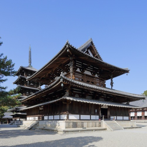 Main Hall, Horyuji (by Martin Falbisoner, CC BY-SA)