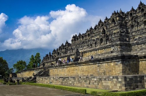 Borobudur Temple (by Gilbert Sopakuwa, CC BY-ND)