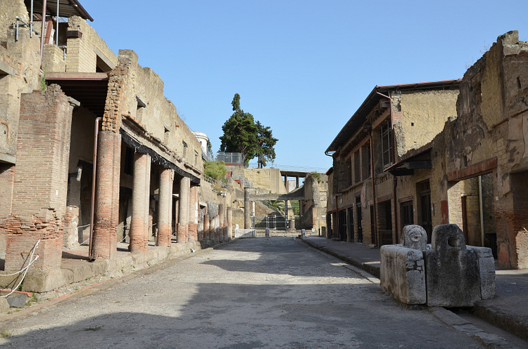 Two-storey Buildings in Herculaneum